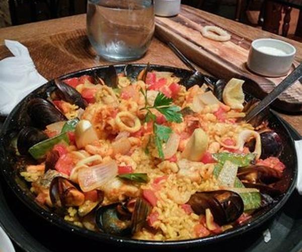 Seafood Paella Yum